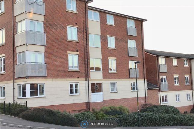 2 bed flat to rent in Dixon Close, Redditch B97
