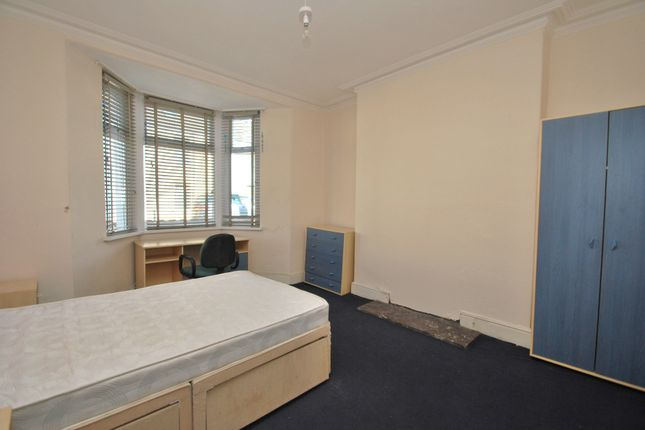 Thumbnail Terraced house to rent in Bedford, Cardiff