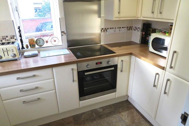 2 bed semi-detached house to rent in Derby Street, Lincoln