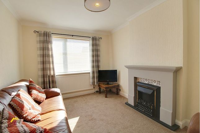 Thumbnail Detached house to rent in Danum Road, Doncaster