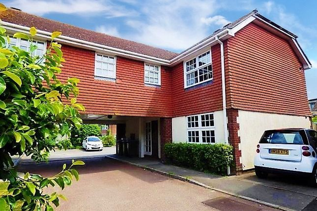 1 bed flat to rent in The Mews, Fitzalan Road, Arundel BN18
