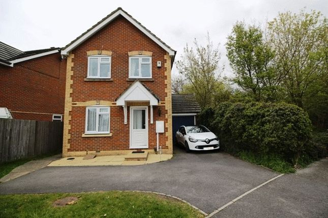 Thumbnail Detached house to rent in St. Lawrence Way, Caterham
