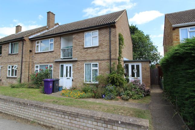 Thumbnail Flat for sale in Walnut Way, Ickleford, Hitchin