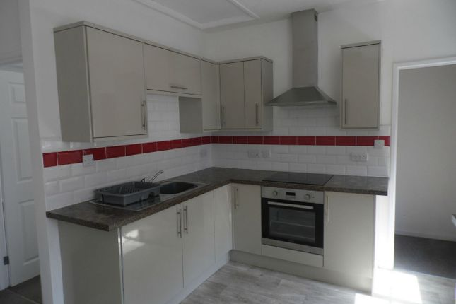 Thumbnail Flat to rent in Fore Street, Bodmin, Cornwall