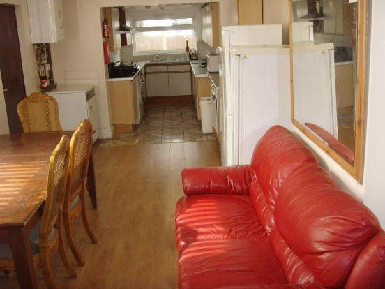 Thumbnail Terraced house to rent in Clifton Boulevard, Dunkirk, Nottingham