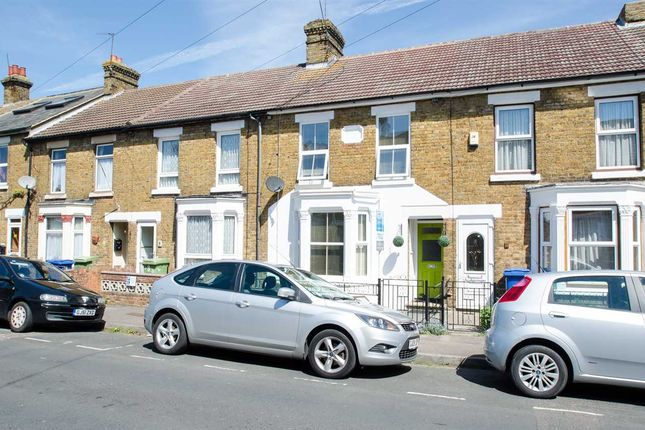 Thumbnail Terraced house to rent in Belmont Road, Sittingbourne