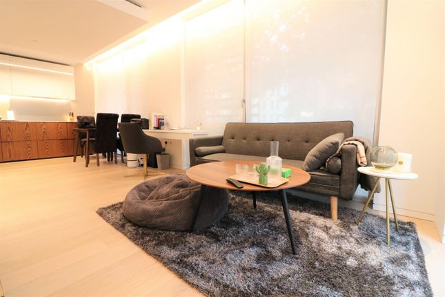 1 bed flat for sale in Vicary House, Barts Square, London, Bartholomew Close EC1A