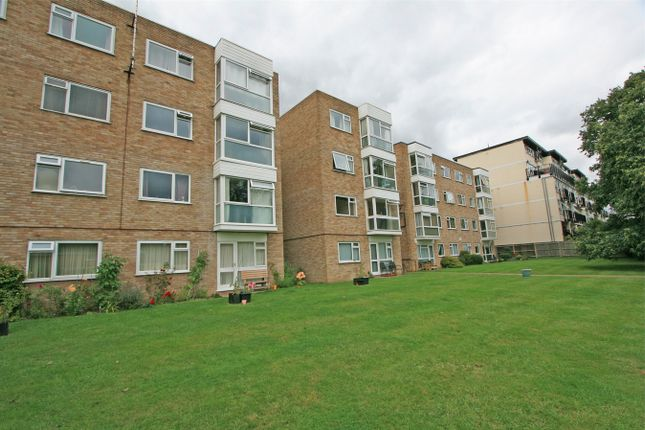 Thumbnail Flat to rent in Westmoreland Road, Bromley, Kent
