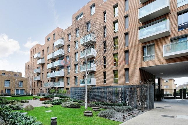 Thumbnail Flat to rent in Devons Road, London