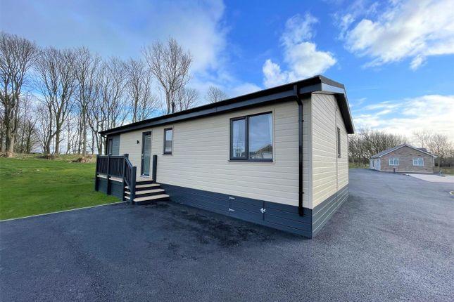 2 bed mobile/park home for sale in Borrans Lane, Middleton, Morecambe LA3