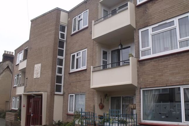 Thumbnail Flat for sale in Maddox Court, Chingford, Chingford