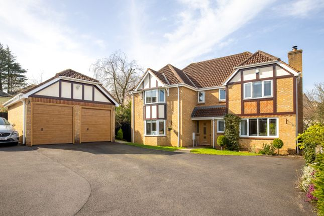 5 bed detached house to rent in Sawyers Close, Chilcompton, Somerset BA3