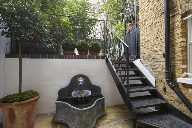 Picture No. 17 of Cheltenham Terrace, Chelsea, London SW3