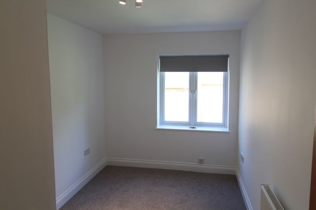 Second Bedroom of Slades Hill, Enfield, Greater London EN2
