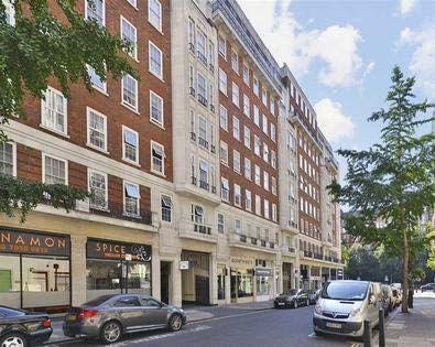 Thumbnail Flat to rent in Berkeley Court, Glentworth Street, London