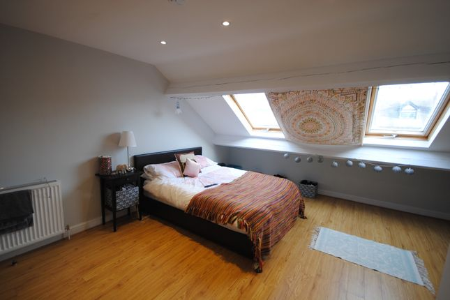 Thumbnail Terraced house to rent in 55 Estcourt Avenue, Headingley