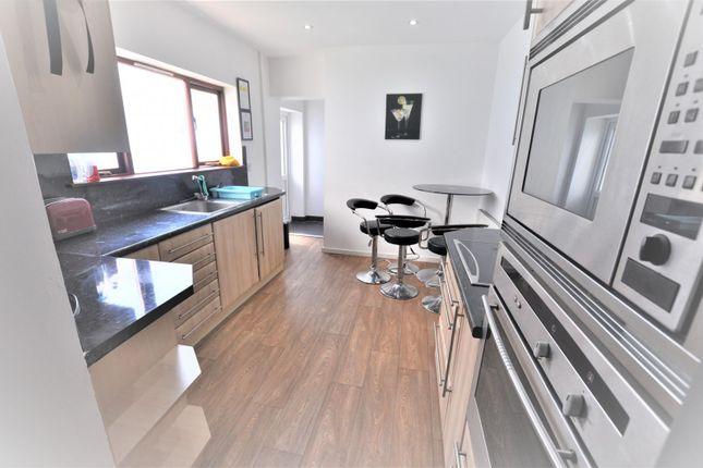 Kitchen (Main) of Rhyddings Terrace, Brynmill, Swansea SA2