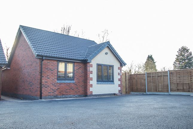 Thumbnail Bungalow for sale in Burton Road, Midway, 0
