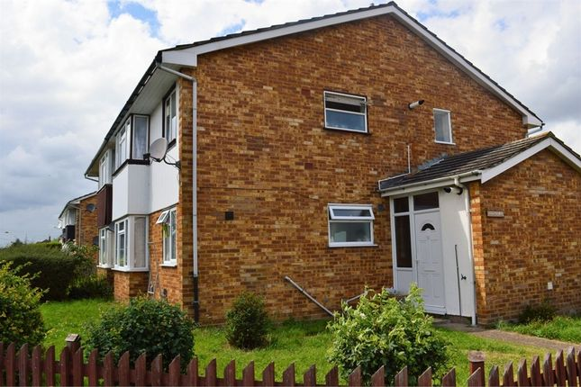 Thumbnail Maisonette to rent in Gilpin Way, Harlington, Hayes, Middlesex