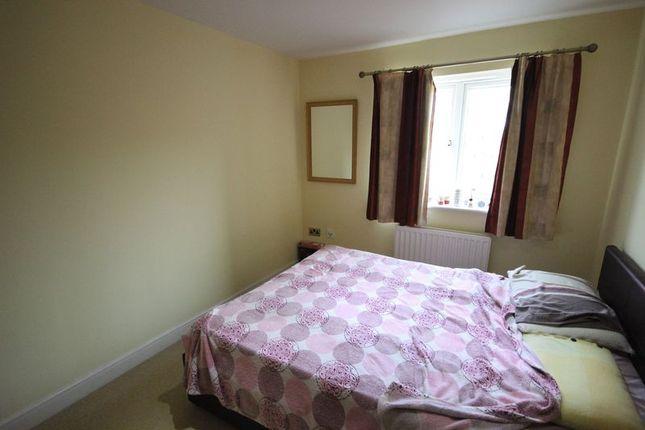 Photo 3 of Primrose Close, Luton LU3