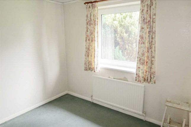 Bedroom 3/Study/Dining Room:
