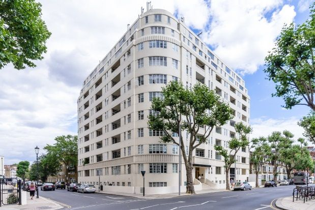 Thumbnail Flat to rent in Sloane Avenue, Chelsea