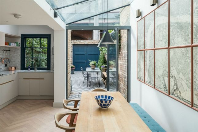 Thumbnail Detached house for sale in Roupell Street, London