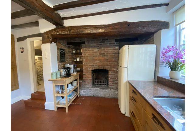 Kitchen of Grimesgate, Diseworth, Derby DE74
