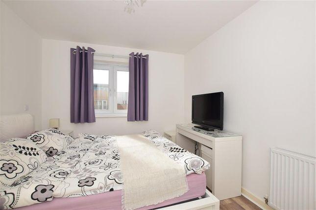 Thumbnail Flat for sale in Whitestone Way, Croydon, Surrey