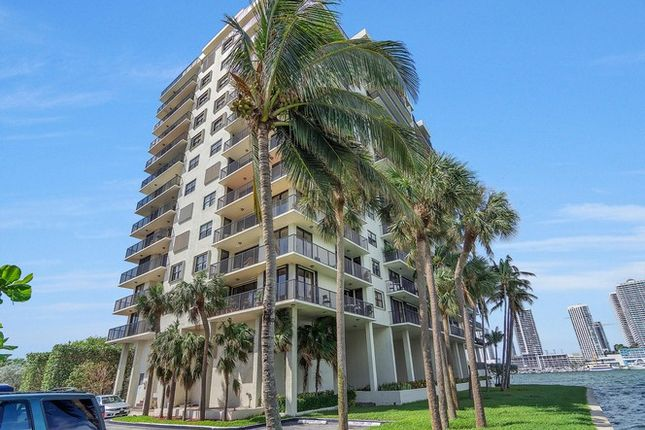 2 bed apartment for sale in 801 N Venetian Dr, Miami, Florida, United States Of America