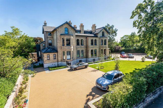 Thumbnail Flat for sale in Highbank, Green Walk, Bowdon