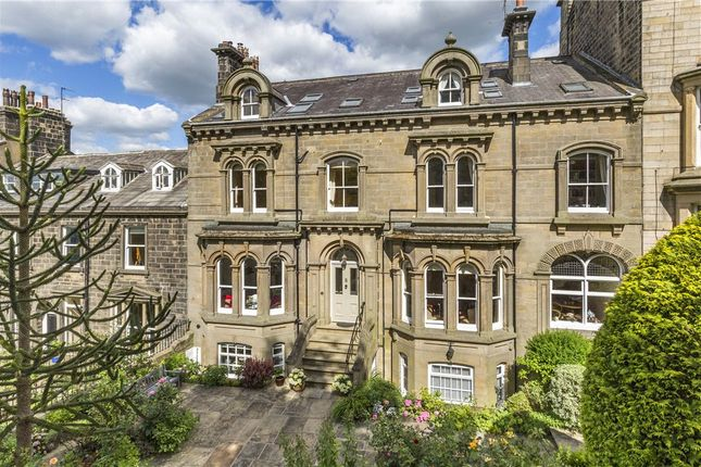 Thumbnail Flat for sale in West View, Ilkley, West Yorkshire
