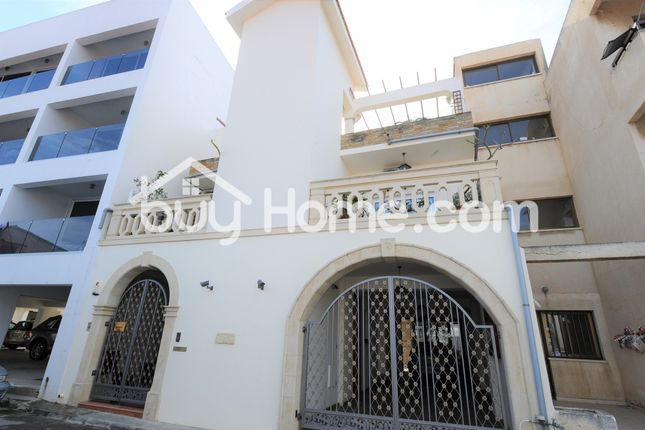 3 bed town house for sale in Chrysopolitissa, Larnaca, Cyprus