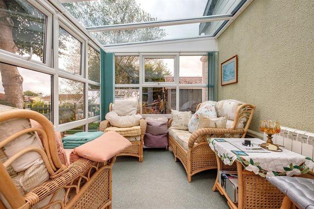 Sun Room of The Glade, Caerwnon Park, Builth Wells LD2