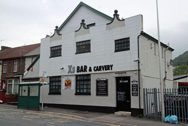 Thumbnail Pub/bar for sale in 180 Aberhondda Road, Porth