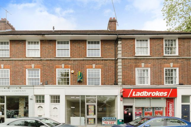 3 bed flat for sale in The Broadway, Thames Ditton KT7