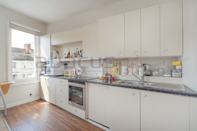 Thumbnail Flat to rent in Hillfield Road, West Hampstead