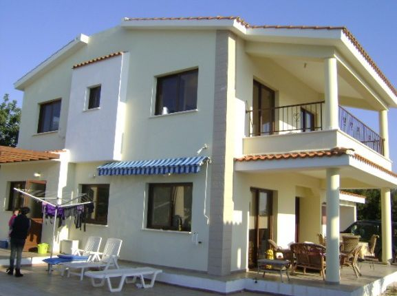 3 bed villa for sale in Stroumbi, Tala, Paphos, Cyprus