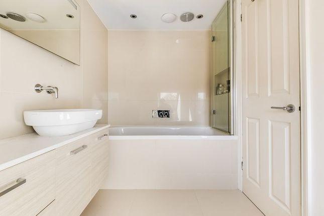 Bathroom of Strathearn Road, London SW19