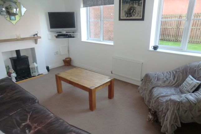 Thumbnail Flat for sale in Hylton Avenue, Skelton