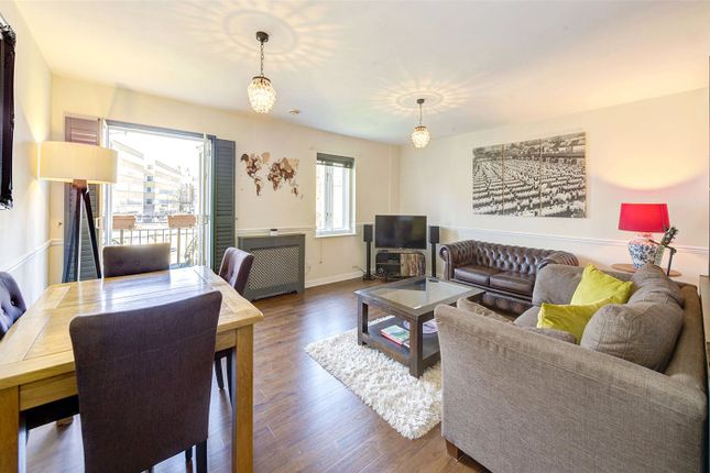 2 bed flat for sale in Russell Road, London W14