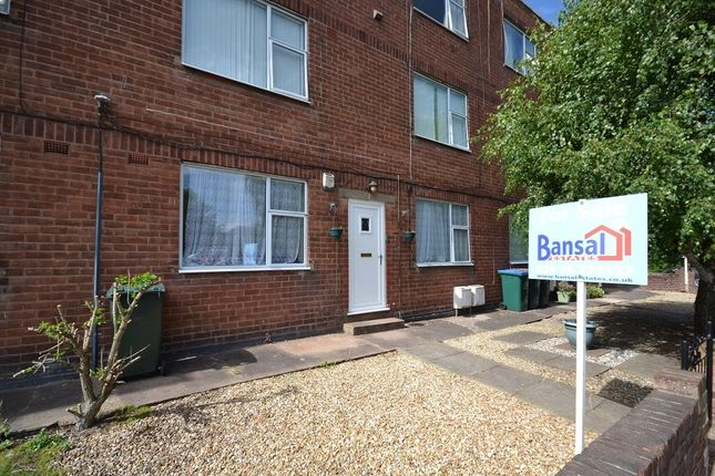 Flat to rent in Quinton Parade, Cheylesmore, Coventry