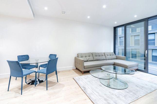Thumbnail Flat to rent in Neroli House, Goodmans Fields, London