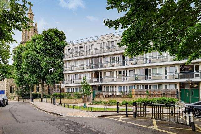 Thumbnail Flat to rent in Wellesley Road, Kentish Town