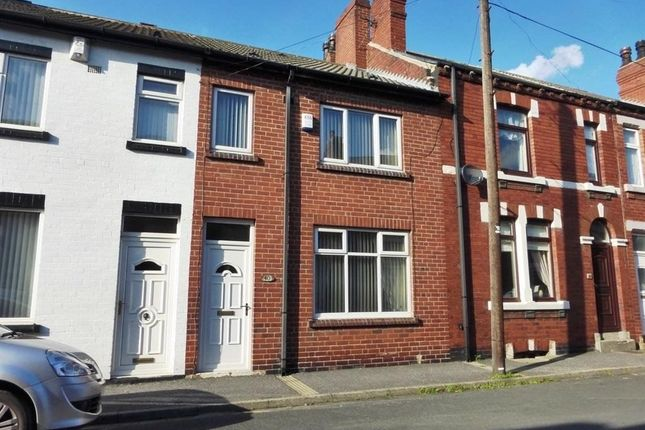 Thumbnail Terraced house to rent in Charles Street, Castleford