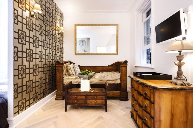 2 bed flat for sale in Cathedral Mansions, Vauxhall Bridge Road, London SW1V