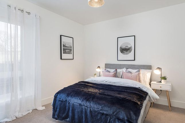 2 bedroom flat for sale in Calla Court Tranquil Lane, Harrow