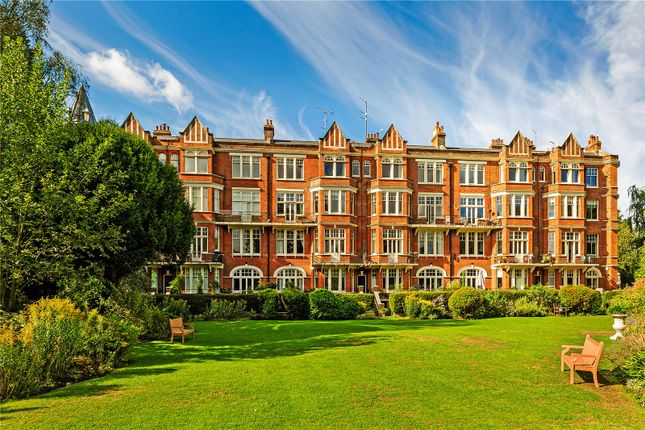 Thumbnail Flat for sale in Richmond Bridge Mansions, Willoughby Road, Twickenham