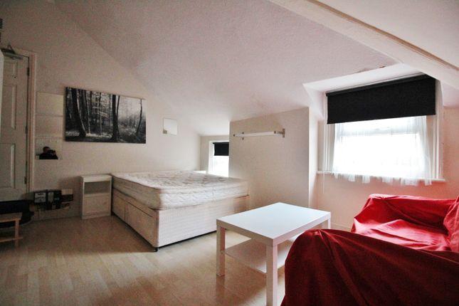 Thumbnail Room to rent in Brondesbury Road, Queens Park