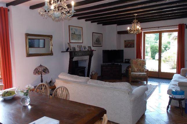 Thumbnail Property for sale in Limousin, Haute-Vienne, Oradour Sur Vayres